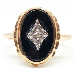 Vintage 10k Yellow Gold Black Onyx & Diamond Ring